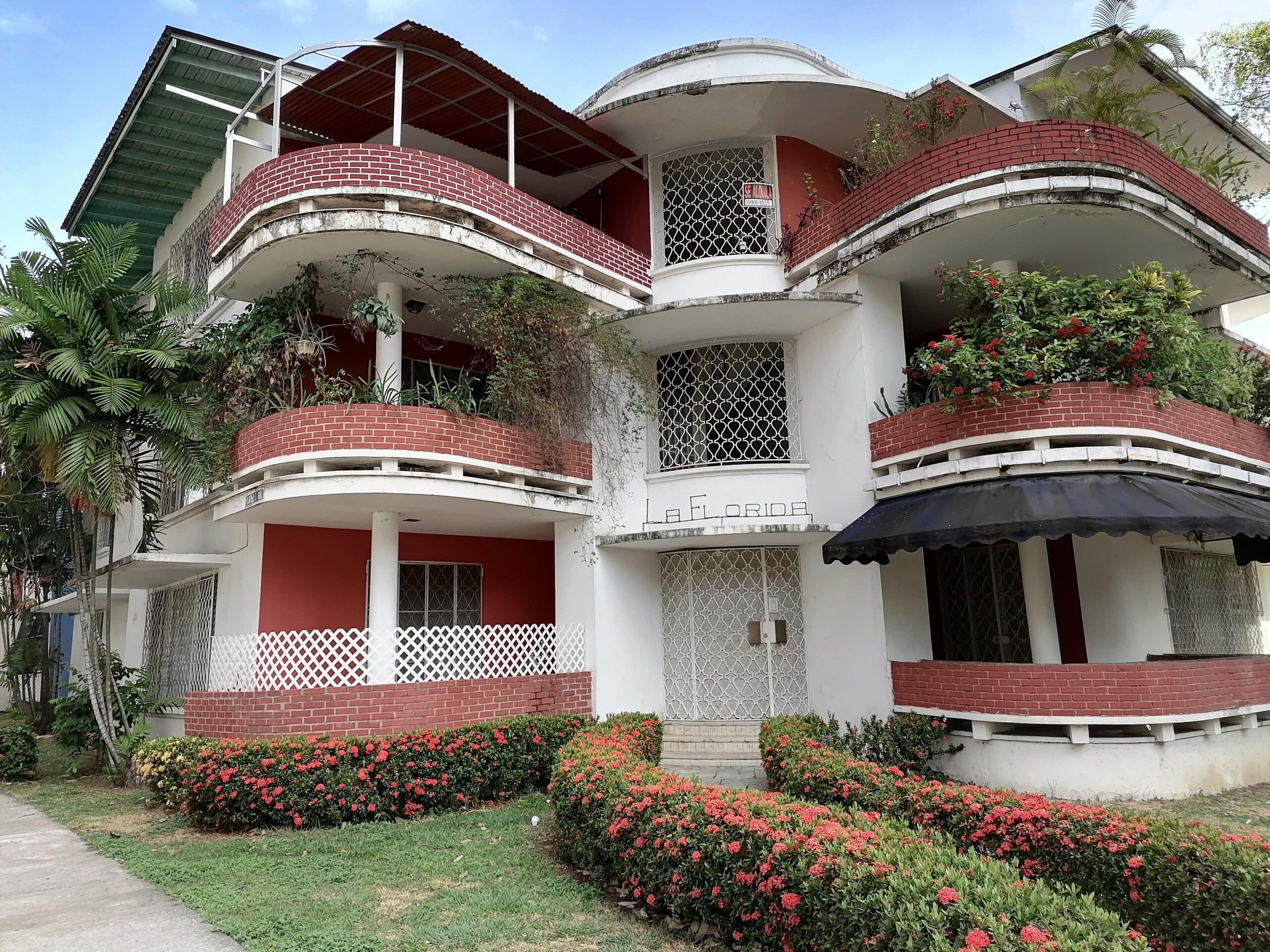 estilo arquitectonico moderno panama