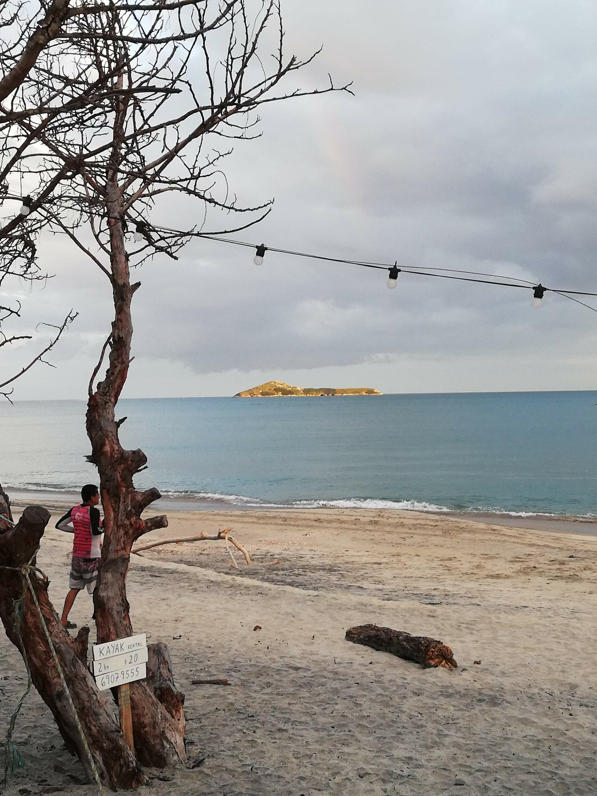 Nicos Beach Club en Farallón